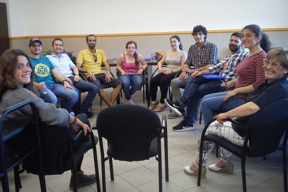 Suport a la integració social d'estudiants acollits pel Programa UB refugi